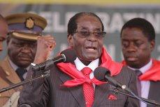 Cel mai longeviv dictator în viaţă a acceptat să-şi depună DEMISIA