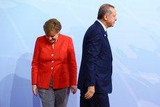 UE a tăiat sute de milioane de euro din finanţarea promisă Turciei pentru preaderare