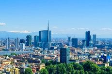 CE critică politicile economice ale unor state din zona euro, în principal ale Italiei şi Franţei. Probleme şi pentru Austria, Belgia, Portugalia sau Slovenia