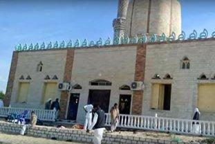 Masacru în Egipt. Cel puţin 235 de oameni au murit într-un atentat în faţa unei moschei din Sinai. VIDEO