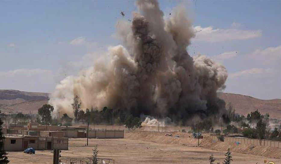 RAPORT: Cel puţin 800 de civili au murit în Irak şi Siria, în urma atacurilor coaliţiei coordonate de SUA