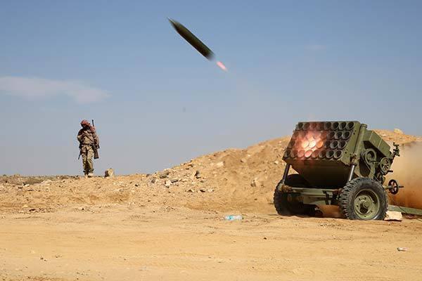 O rachetă lansată din Yemen a fost interceptată în Arabia Saudită. Insurgenţii se laudă că şi-au atins ţinta