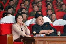 Viaţa misterioasă a soţiei dictatorului nord-coreean Kim Jong-Un. Cine este Ri Sol-ju, femeia care  stă în spatele unuia dintre cei mai controversaţi lideri ai lumii