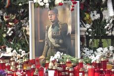 Presa internaţională scrie despre funeraliile Regelui Mihai: Monarhii europeni l-au omagiat pe Regele Mihai, recunoscut pentru demnitatea şi moralitatea sa. VIDEO