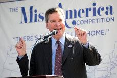 Preşedintele organizaţiei Miss America a demisionat. Ce scria în mail-urile scandaloase date presei