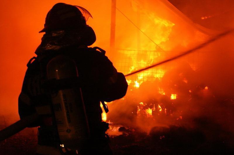 Incendiu devastator în cartierul Bronx din New York. Cel puţin 12 persoane au murit