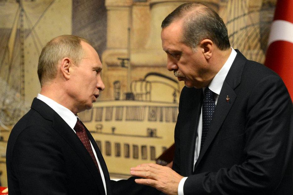 Erdogan strânge, oficial, relaţiile cu Putin. Mutarea pe axa Turcia-Rusia care ar putea stârni furia NATO