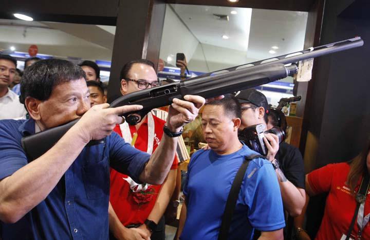 Ultima cerere a preşedintelui filipinez Rodrigo Duterte: Împuşcaţi-mă, nu mă condamnaţi la închisoare