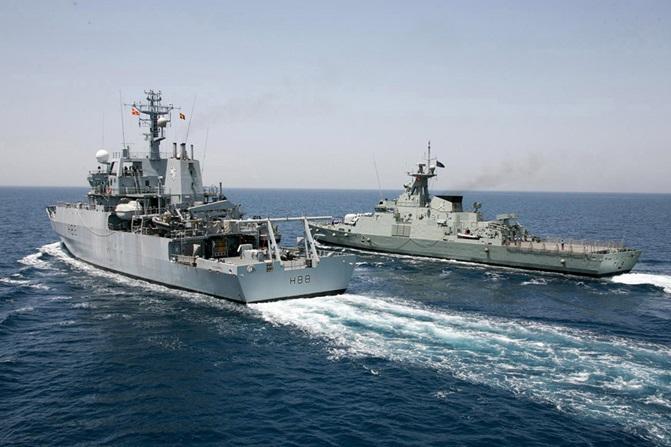 O navă militară britanică, aproape de o coliziune cu un vas rus, în Marea Neagră. Rusia neagă incidentul