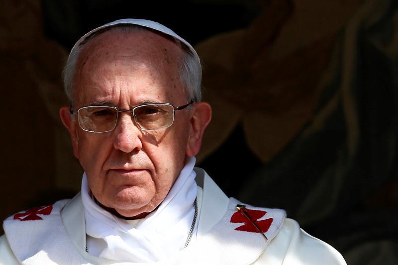 """Vaticanul anunţă că organizează """"un curs de exorcizare"""": Din ce în ce mai mulţi oameni sunt posedaţi"""