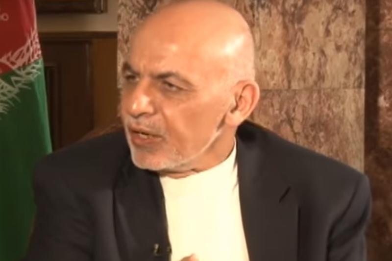 """Preşedintele Afganistanului are un plan complicat pentru talibani. Care ar putea fi """"pastila otrăvită"""" de la masa negocierilor"""