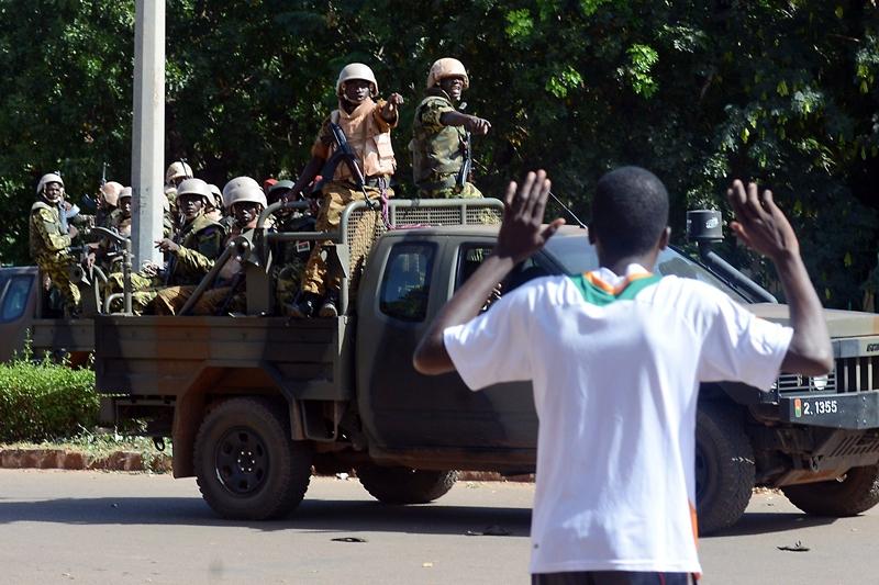 ATAC ARMAT în apropierea ambasadei Franţei din capitala statului Burkina Faso