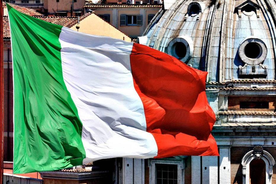 Alegeri în Italia. Mişcarea 5 Stele, pe primul loc. Coaliţia lui Berlusconi speră să guverneze