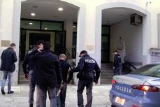 Lider al unui clan mafiot 'Ndràngheta, arestat în Italia după ce a incendiat casa unor români. În casă se aflau şase oameni, inclusiv doi copii
