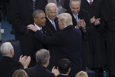 """Biden şi Trump, schimb de replici halucinant: """"L-aş duce în spatele sălii de sport şi i-aş aplica o bătaie zdravănă"""