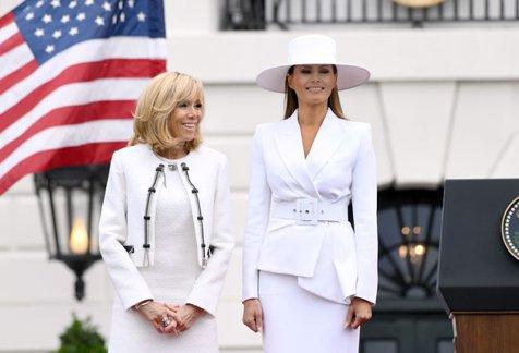 """Ce părere are Brigitte Macron despre Melania Trump. """"Nu poate să facă nimic. Eu ies în fiecare zi"""""""