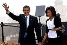 Soţii Obama intră în afaceri cu Netflix. Fostul preşedinte al SUA şi soţia sa vor produce seriale, filme şi documentare
