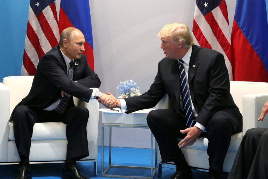 Donald Trump: regiunea Crimeea aparţine Rusiei, întrucât locuitorii vorbesc rusă