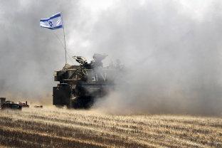 Israelul a atacat zeci de ţinte din Fâşia Gaza după un bombardament efectuat de militanţi