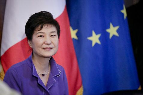 Ce sentinţă a primit fosta preşedintă a Coreei de Sud pentru luare de mită de la giganţii SAMSUNG şi LOTTE