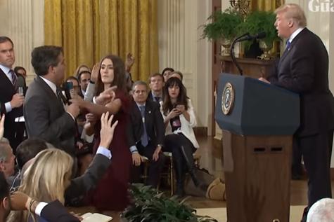 SCHIMB DUR de replici între Donald Trump şi un jurnalist CNN. INTERDICŢIE la Casa Albă pentru reporter