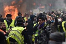 Egiptul interzice vânzarea VESTELOR GALBENE, de teama unor proteste inspirate de mişcările din Franţa