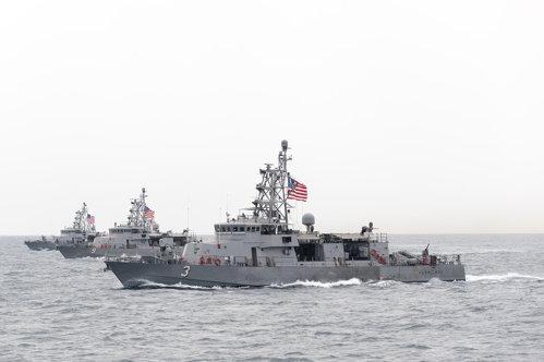 Micile nave americane, puţin cunoscute, care vor avea primul contact cu inamicul în caz de război cu Iranul