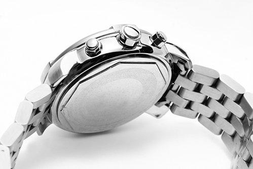Un ceas în valoare de 800.000 de dolari, furat de la mâna unui om de afaceri japonez