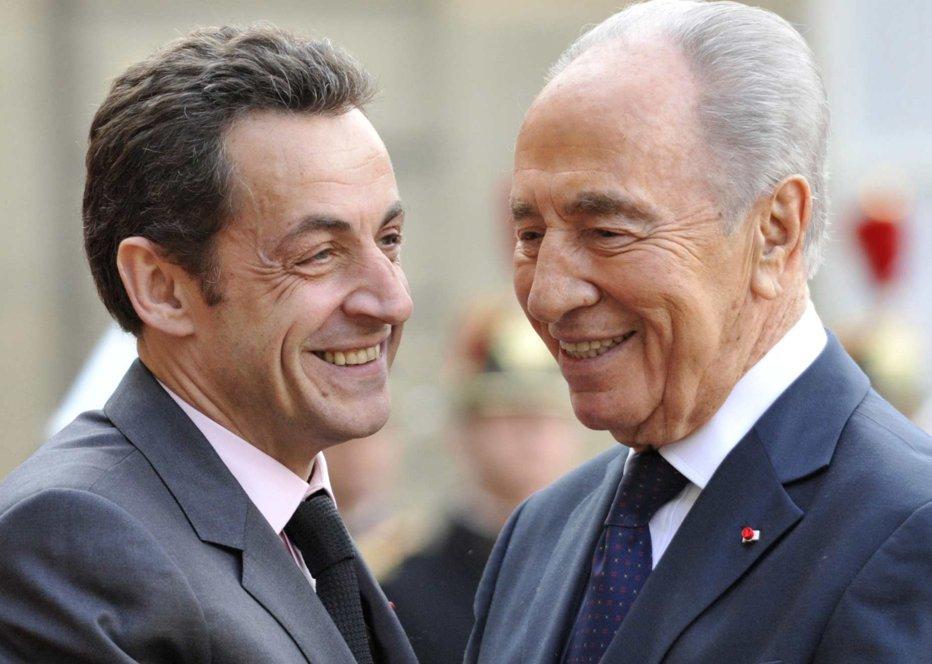 """Preşedintele israelian, Shimon Peres – în vizită la """"prietenul"""" Sarkozy"""