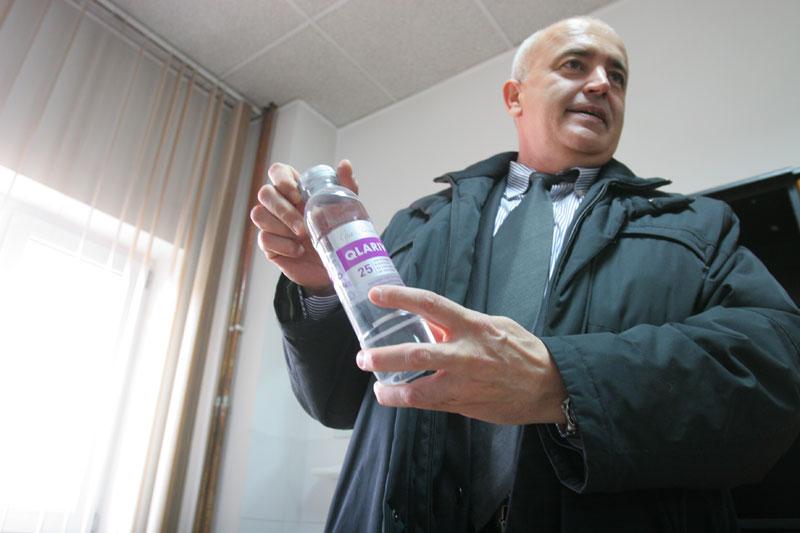 """""""Apa vie"""" – o minune 100% românească: salvează vieţi, întârzie îmbătrânirea"""