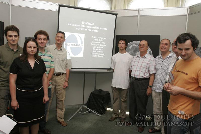 Primii descoperitori români de asteroizi