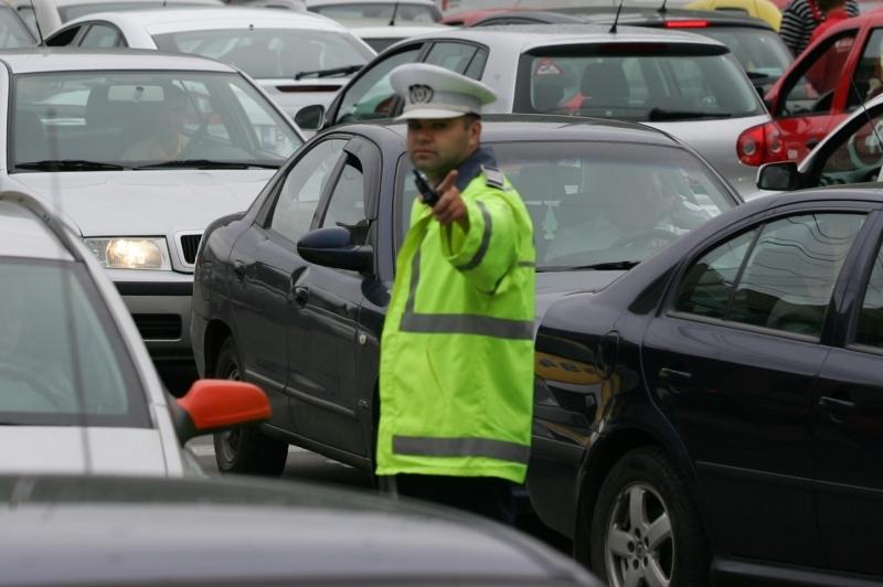 Ultima strigare pentru AUTOSTRADA ZĂPEZII COMARNIC-BRAŞOV: când vor autorităţile s-o termine