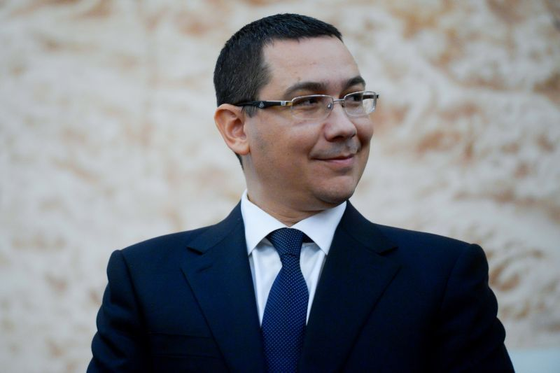 Cum IA Guvernul Ponta UN SALARIU MINIM din bugetul fiecărei familii de români în 2014