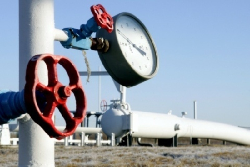 Transgaz şi Transelectrica au avut în 2013 venituri în scădere, dar profituri peste estimări
