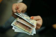 Cursul a oscilat în jurul nivelului de 4,4650 lei/euro
