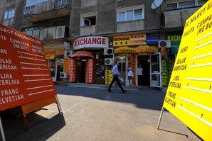Cum va evolua cursul până la finalul anului, în opinia economistului care a descoperit recesiunea din România