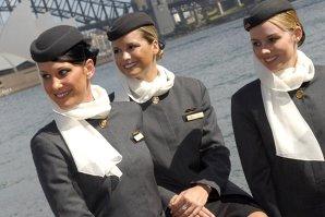 Arabii caută stewardese în România. Ce salarii oferă