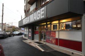 Mega Image deschide două Shop&Go
