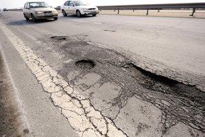 Unde se duc banii de şosele. Top 10 plăţi realizate de CNADNR în 2014. Analiză ZF