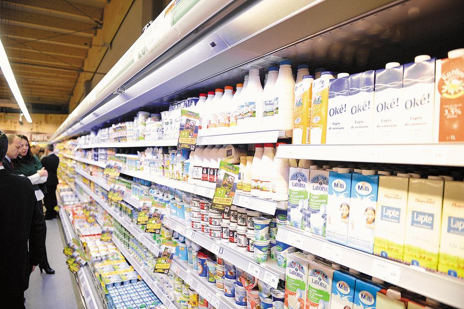 Piaţa românească de lapte, afectată de embargoul impus de Rusia UE