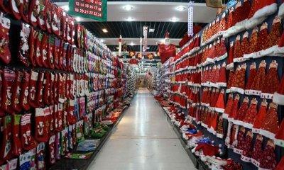 Adevărata ţară a lui Moş Crăciun. Unde sunt produse cele mai multe decoraţiuni de Crăciun din lume