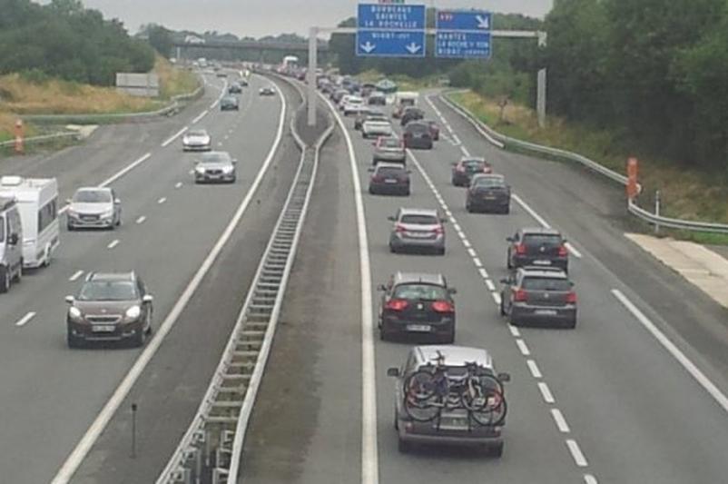 """Ponta: Autostrada Ungheni-Iaşi-Târgu Mureş este inclusă în forma """"aproape finală"""" a Masterplanului"""