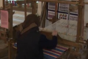 Câţi bani vor să plătească străinii pentru preşurile de bumbac ţesute manual la războiul bunicii
