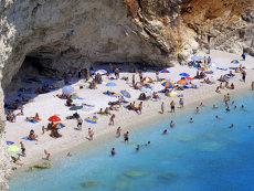 Vacanţe în străinătate sub 100 de euro. Care sunt destinaţiile preferate de români