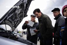 Domnul Popescu a găsit cumpărător pentru maşina sa veche, însă Victor Ponta i-a făcut o SURPRIZĂ