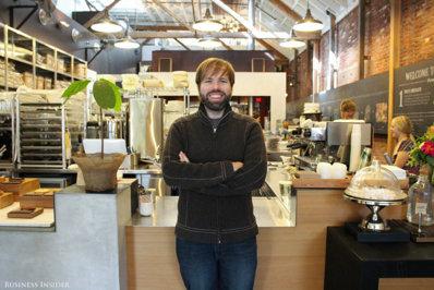 Acest antreprenor a vândut o afacere pentru aproape 200 de milioane de dolari, iar apoi şi-a deschis o fabrică de ciocolată