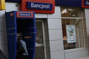 Anunţul lui Isărescu despre băncile cu capital grecesc din România