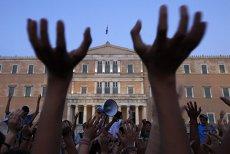 """Preţul democraţiei: Parlamentarii greci decid miercuri între colaps economic şi cedarea suveranităţii. Filmul evenimentelor care """"trădează proiectul european"""""""