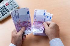Câţi români au la bancă depozite mai mari de 100.000 de euro