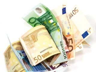Încrederea în economia zonei euro a atins cel mai ridicat nivel din peste patru ani